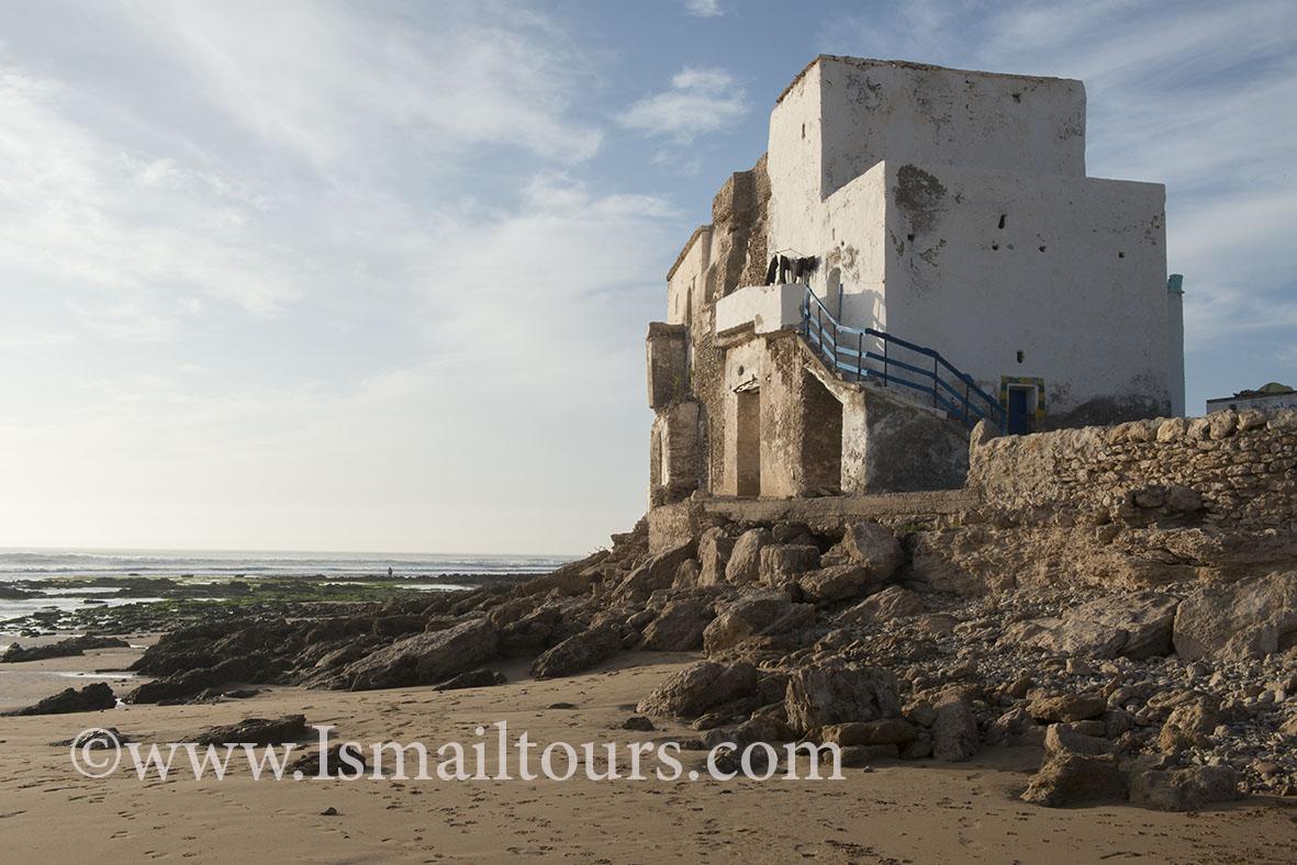 Marokko, Sidi Kaouki 20150304. Gebouw aan het strand, vroeger gebruikt voor opslag. Building, house near the beach. Naamsvermelding verplicht; Foto ; Sabine Joosten/Hollandse Hoogte